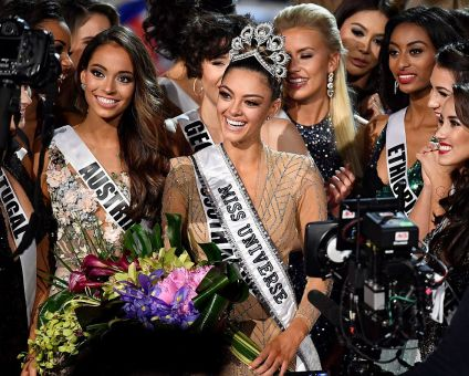 LAS VEGAS, NV - NOVEMBER 26: Miss South Africa 2017 Demi-Leigh Nel-Peters (C) reacts after being named the 2017 Miss Universe during the 2017 Miss Universe Pageant at The Axis at Planet Hollywood Resort & Casino on November 26, 2017 in Las Vegas, Nevada. (Photo by Frazer Harrison/Getty Images)