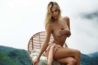 Alexis-Ren-by-Trevor-Hoehne-for-Lili-Claspe-featured