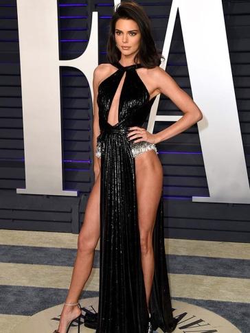 Mandatory Credit: Photo by Stewart Cook/WWD/REX/Shutterstock (10112932gu) Kendall Jenner Vanity Fair Oscar Party, Arrivals, Los Angeles, USA - 24 Feb 2019 Wearing Rami Kadi